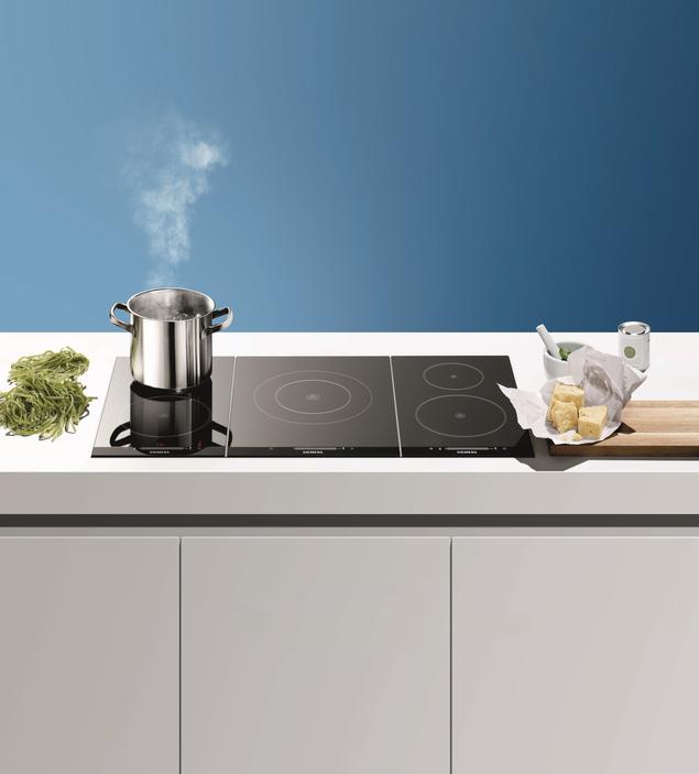 Zobacz galerię zdjęć Płyty indukcyjne Domino – zagrasz w gotowanie? Sprzęt AG   -> Kuchnia Indukcyjna Wolnostojąca Siemens