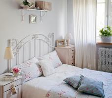 Romantyczne aranżacje sypialni. Biała sypialnia