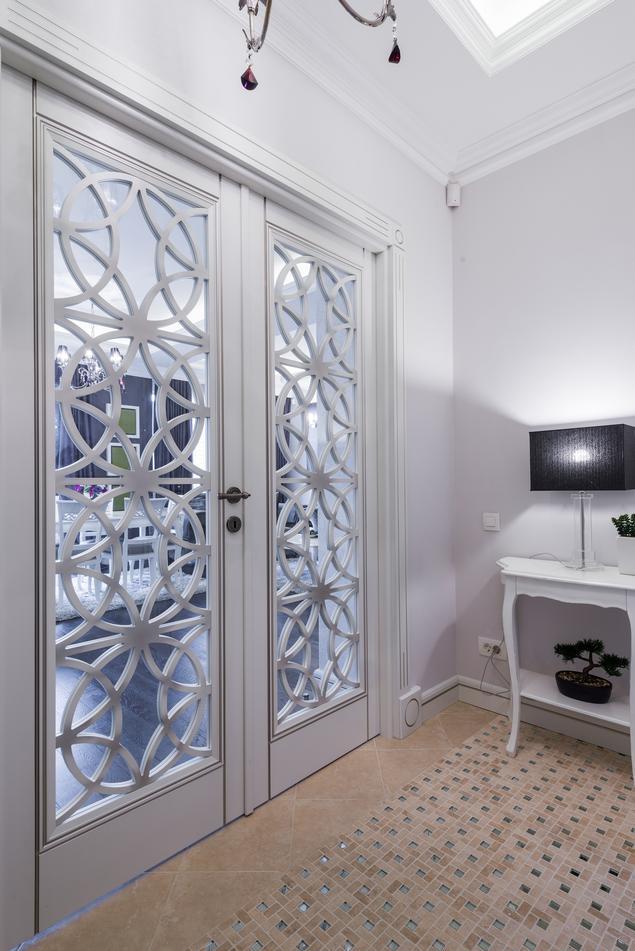 Zobacz galerię zdjęć Mieszkanie w stylu glamour  aranżacja przedpokoju  Str   -> Kuchnia W Stylu Glamour Galeria